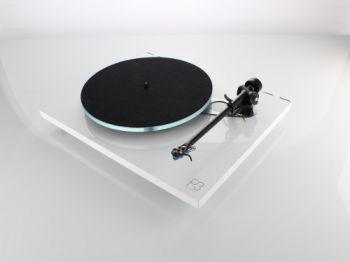 Rega Planar 3 Turntable - Ortons AudioVisual